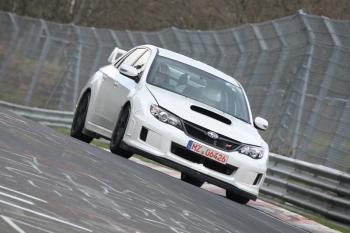 Томми Мякинен за рулем Subaru Impreza WRX STI, Нюрбургринг